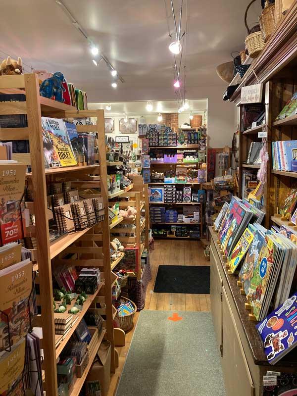 Flossies General Store